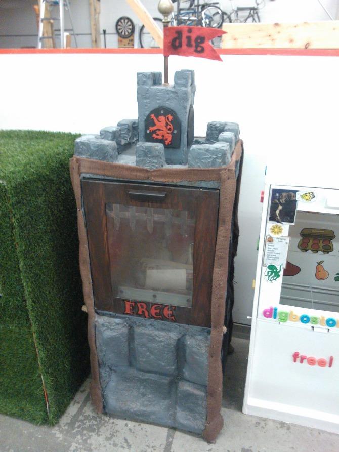Castle DigBox